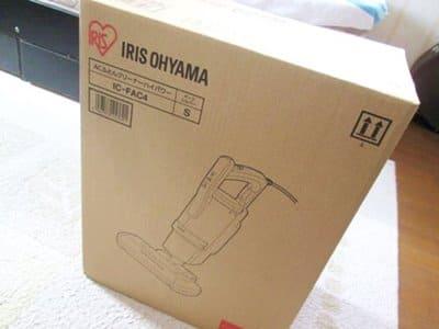アイリスオーヤマ布団クリーナーIC-FAC4の箱